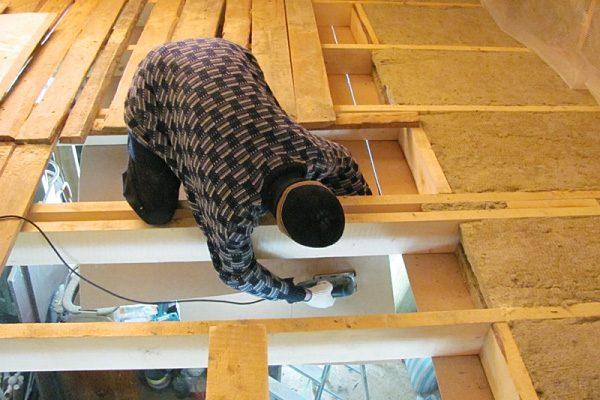 Утепление межэтажных перекрытий в деревянном доме своими руками 96