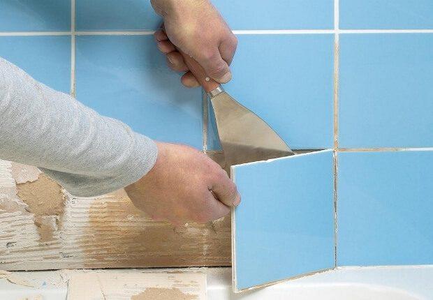 Как снять плитку со стены в ванной