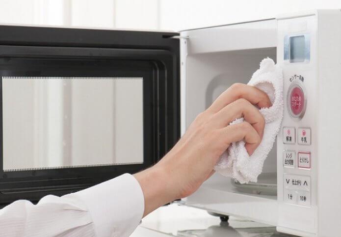 Чистим микроволновку