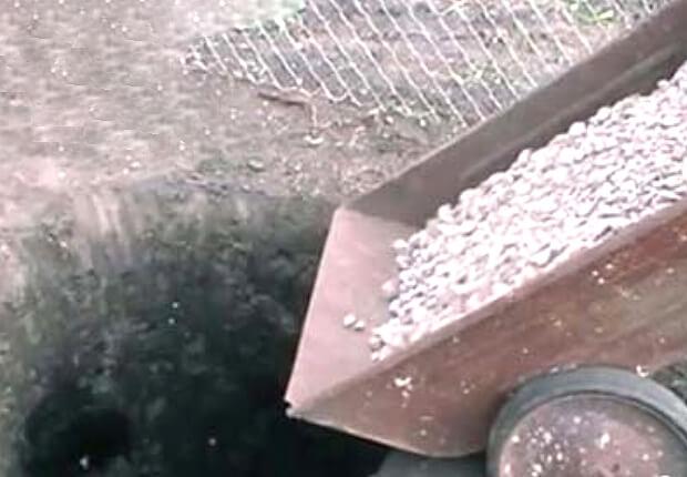 Щебень в яму